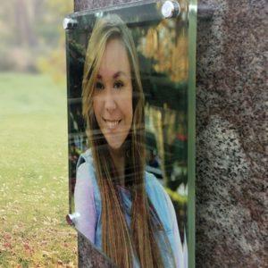 Фото на полированом стекле для памятника